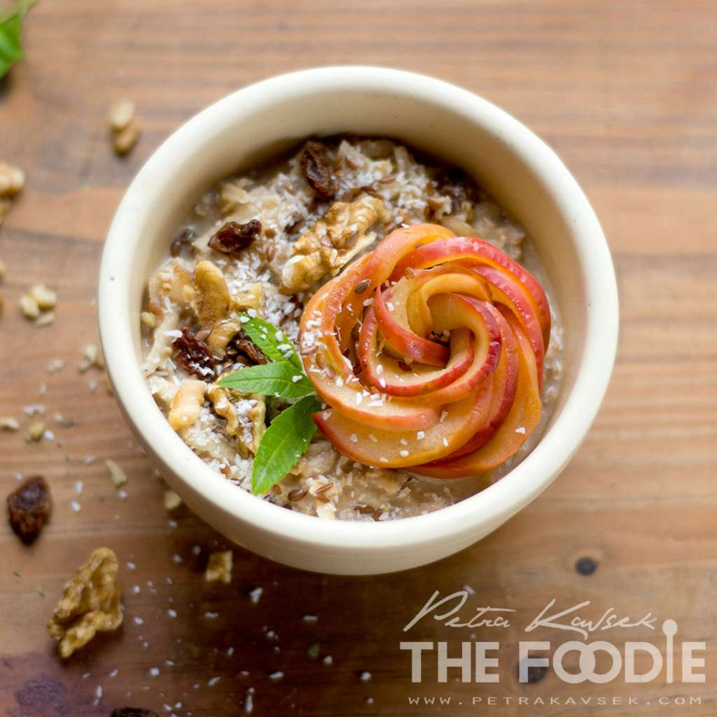 Apple Cinnamon & Raisin Overnight Oats