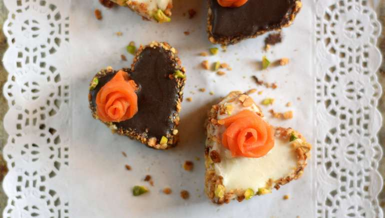 Mini Vegan Carrot Cakes